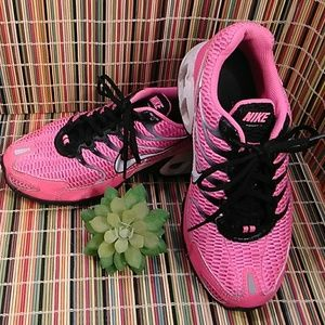 NIKE AIR WOMEN'S PINK COLOR